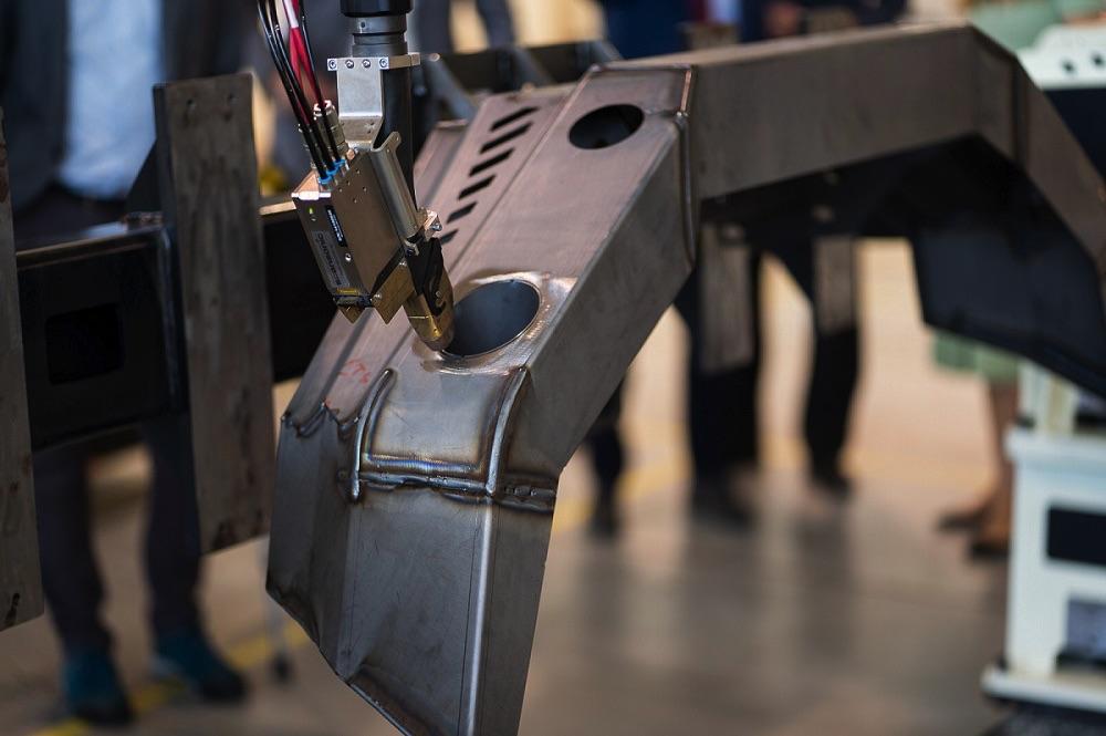 ASTOR robot spawalniczy Korekta niedokładności