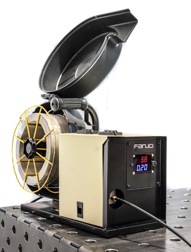 Spawarka Fanuci automatyczny podajnik drutu