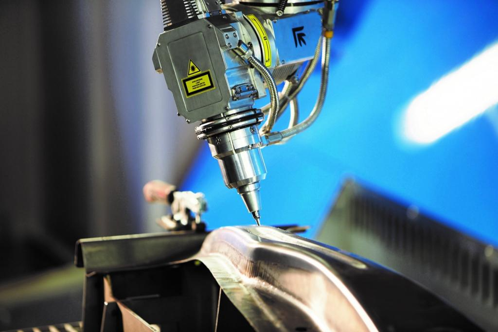 5-osiowa obróbka laserowa blachy