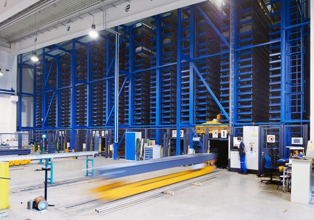 Zautomatyzowany magazyn elementów długich Remmert w Strum Gruppe