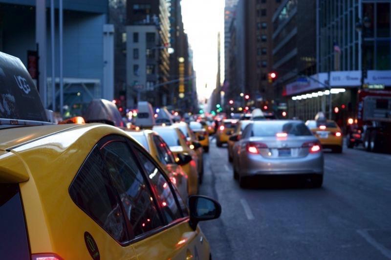 samochody osobowe emisja CO2